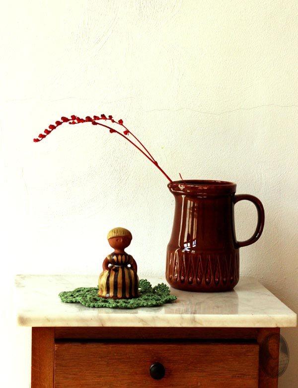 vintage-Zweeds-aardewerk-sfeerbeeld-webshop
