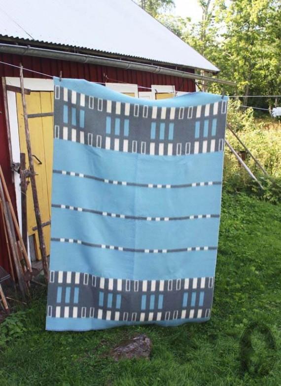 vintage wollen deken lichtblauw grafisch met grijs side 2