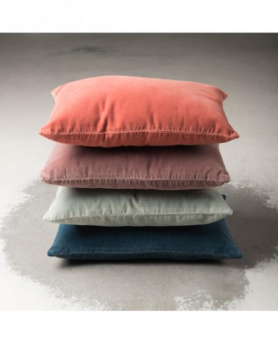 Cushions vintage velvet
