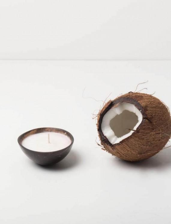 104331 candle coconut sfeer