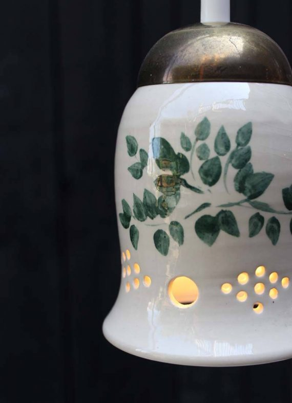 vintage keramiek hanglampje zweeds botanisch detail