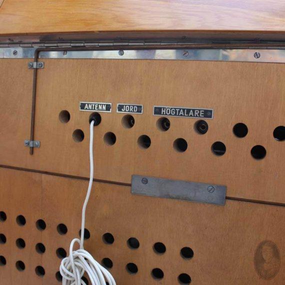 vintage audio meubel stern&stern detail aansluitingen