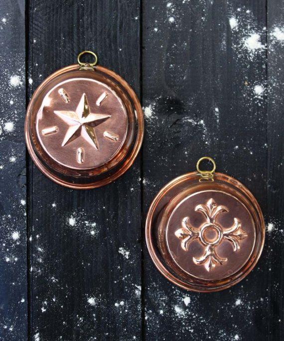 bakvormpjes met ster en decoratie
