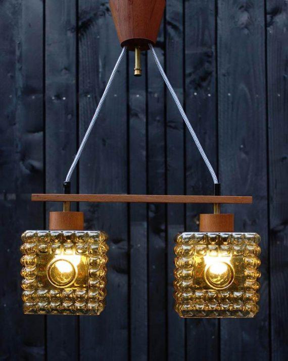 mid century hanglamp met 2 lichtpunten teak oker