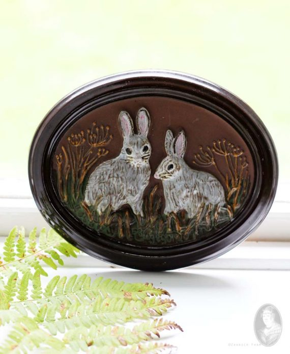 vintage ovalen wandtegel gabriel deco sweden konijntjes